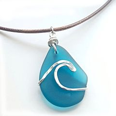 Tumbled 'n' Twisted Sea Glass Wave Necklace - Teal